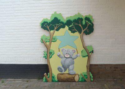 muurschildering babykamer Me2You schommel tak