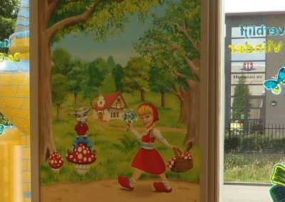muurschildering kinderkamer roodkapje