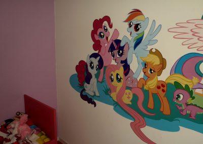 muurschildering meisjeskamer my little pony