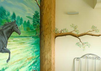 muurschildering-meisjeskamer-paarden-024
